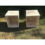 caixa de madeira de feira