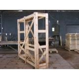 engradado de madeira para máquinas Itu