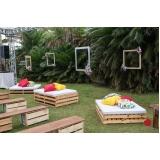 móvel de madeira rústica