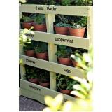 palete para plantas na parede Sumaré